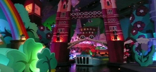 It's a Small World en Disneyland Par�s