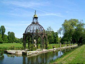 Isla del Amor, Palacio de Chantilly. Wikimedia Commons, autor P. Poschadel