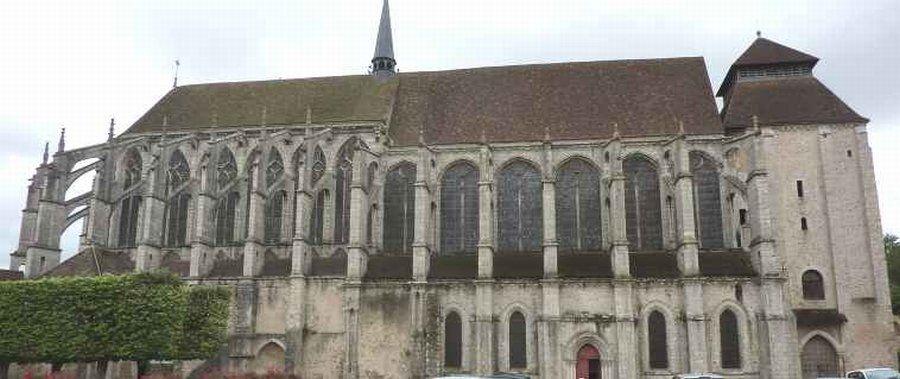 Iglesia de San Pedro, Chartres