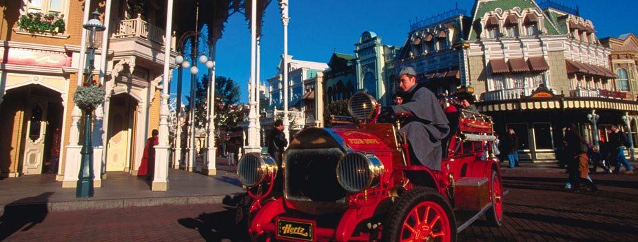 Main Street  USA © Disney