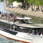 Paris: Seine River Cruise with Pizza on the Pier-0